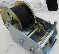 Лебедка ручная LHW-1600 0,7т, 10м лента